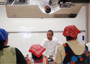 まずは下川先生の説明です。