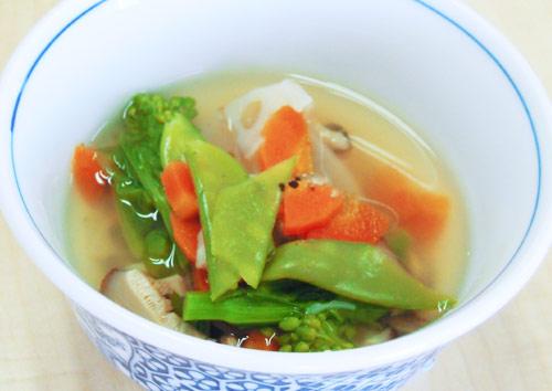春野菜のけんちん風スープ