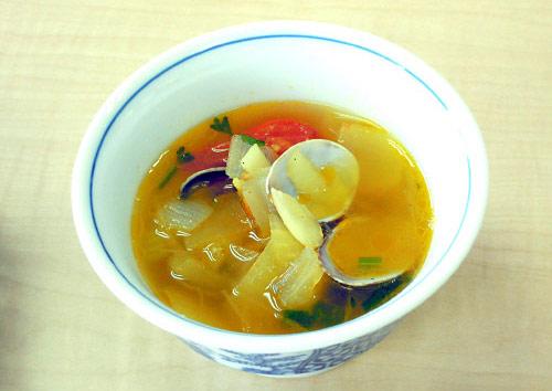 あさりのスープ サフラン風味